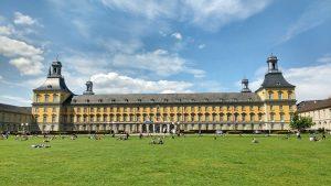 ドイツ・ボン大学
